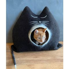 Landlust - Katzenhöhle Momo